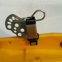 Upfront Cable scratcher post